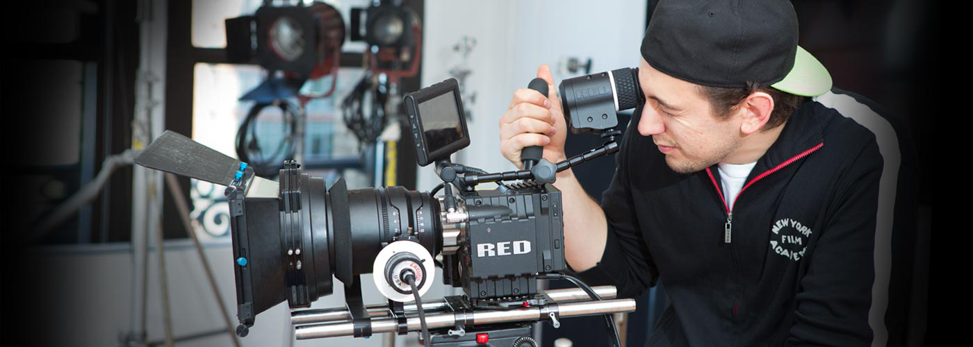 Student films with RED digital camera at NYFA Miami